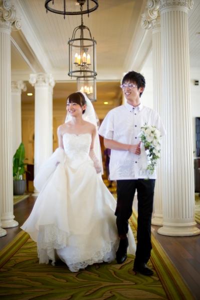 ハワイでの海外挙式、ビスチェスタイルのウェディングドレス