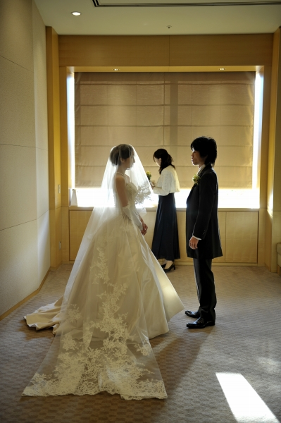 ホテルグランドハイアット東京での結婚式、ウェディングドレス