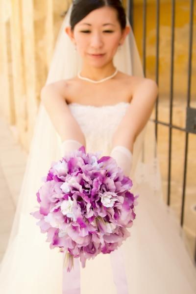 海外挙式、ビスチェスタイルのウェディングドレス